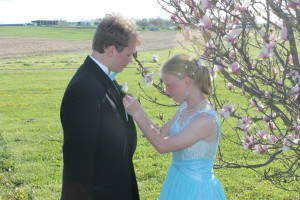 Pinning on boutonniere. Doesn't PETBoy look handsome?